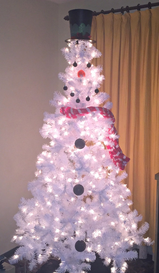 How to make a snowman Christmas tree for under  50 Being displaced at qW0f9KlG