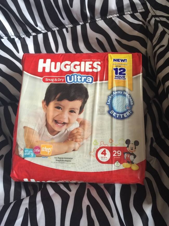 These Huggies Snug & Dry Ultra Diapers offer long-lasting leakage protection you can count on, so you can focus on all of your baby's daily adventures.