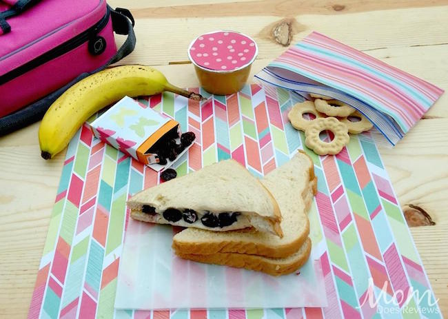 Welcome to Day 6 of our 12 Days of School Lunch ideas. Today we have a Sweetened Berry & Cream Cheese Sandwich recipe for you.