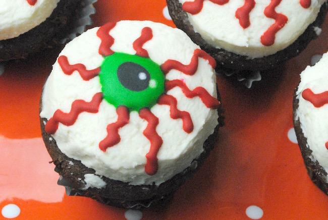 Crazy Eyeball Cupcakes Recipe Just Plum Crazy