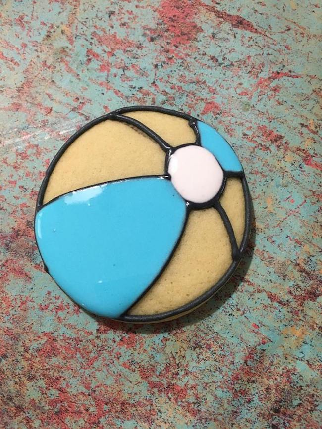 The great thing about the Patriotic Beach Ball Cookies recipe is that they can be used for holidays such as 4th of July & Labor Day besides Memorial Day.