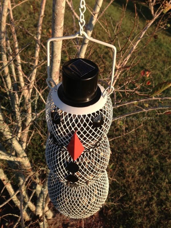 snow man bird feeder