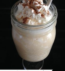 Caramel Apple Smoothie made with Musselman's Apple Sauce, Apple Cider and HC Caramel Swirl Frozen Yogurt. Only 6 WW PP. A great afternoon low cal snack.