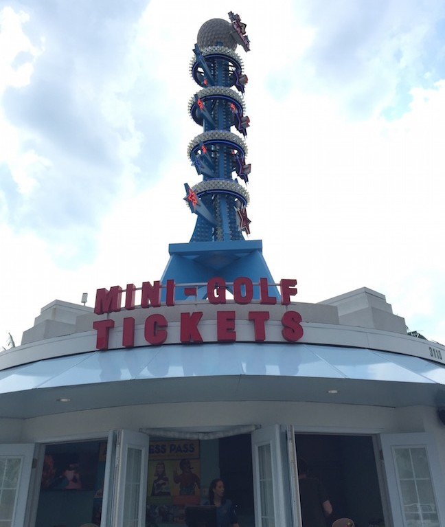 When driving through the main strip in Branson Missouri there is one thing that you can't and shouldn't miss, the Hollywood Wax Museum!