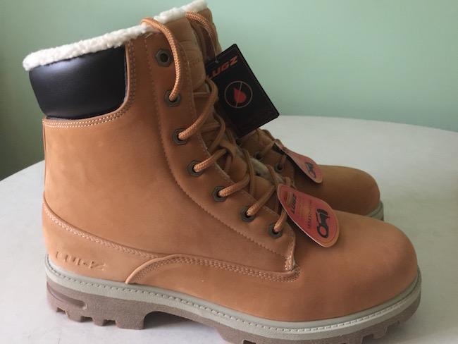 Lugz boots Empire Hi Fleece are water resistant with fleece inside, padded tongue & collar, slip resistant rubber sole & Flexa-stride Memory foam sockliner.