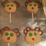 Reindeer Cookie Pops ~ Creating Holiday Memories!