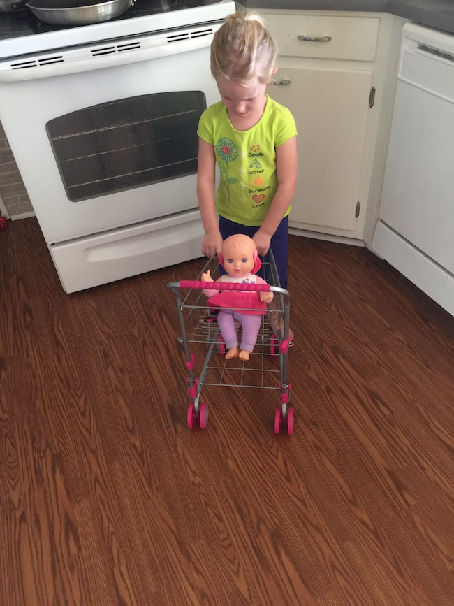 Take your shopping list and your teddy bear and get ready to shop. Our durable metal toddler shopping cart looks just like those in real stores.