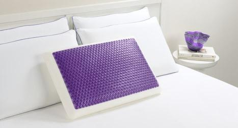 The Hydraluxe Cooling Gel Pillow sleeps cooler and stays cool longer than any other pillow, thanks to its cool layer of Hydraluxe gel fused onto Memory Foam.