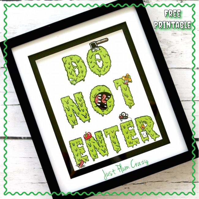 "You can use the Creepy Free Printable Sign ""Do Not Enter"" as part of your Halloween display or the kids can even use it on their door!"