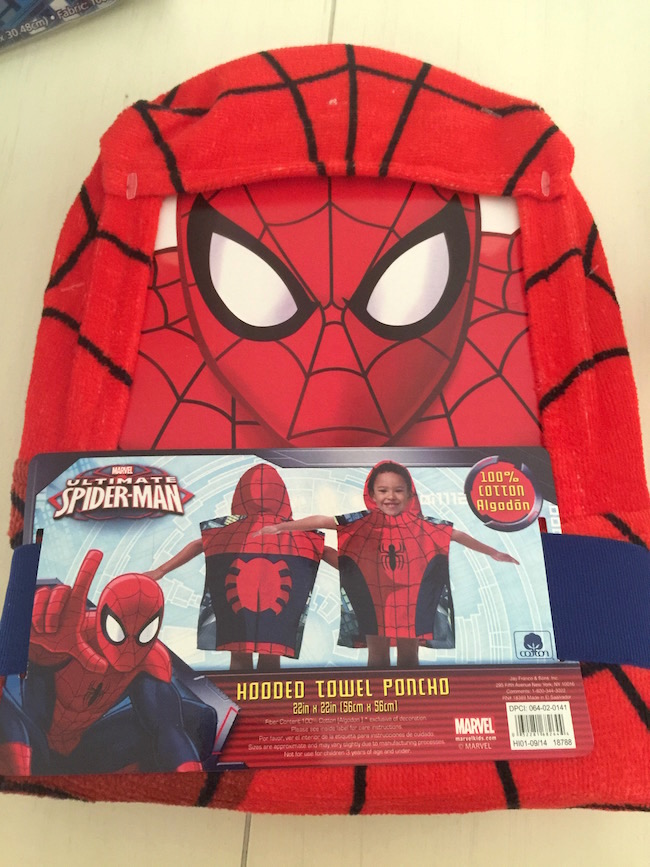 Do your kid's like Spider-Man? Do they hate making their beds? Well then the Spider-Man ZippySack is for them (and you too in a way!)