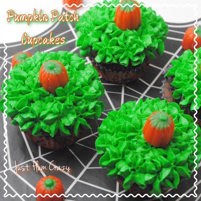 Cupcake that looks like a pumpkin patch.