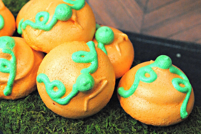 I'm sure you've heard me say it before that Halloween is one of my favorite holidays! Today we are sharing a Pumpkin Meringue Cookie recipe.
