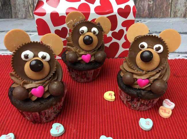 Reese's Peanut Butter Cup Cupcake Bears