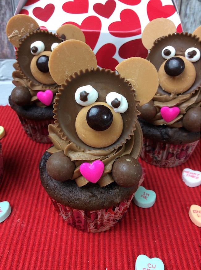 Bear Cupcake's Perfect for Valentine's Day