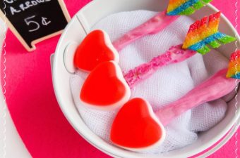 Some people may need a hint or two and the Valentine's Day Cupid's Arrows Recipe is perfect for that or any Valentine's Day party or get together.