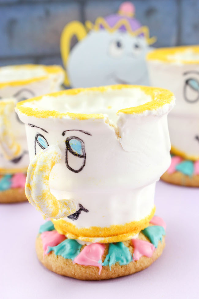 Teacup cupcake - beauty and the beast
