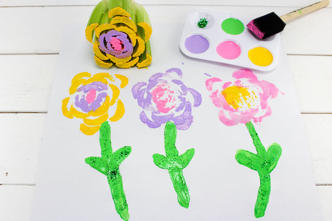 The Mother's Day Celery Stamping Flowers Craft is a craft that is both easy & fun. This also makes a great project for the kids if you are a teacher.