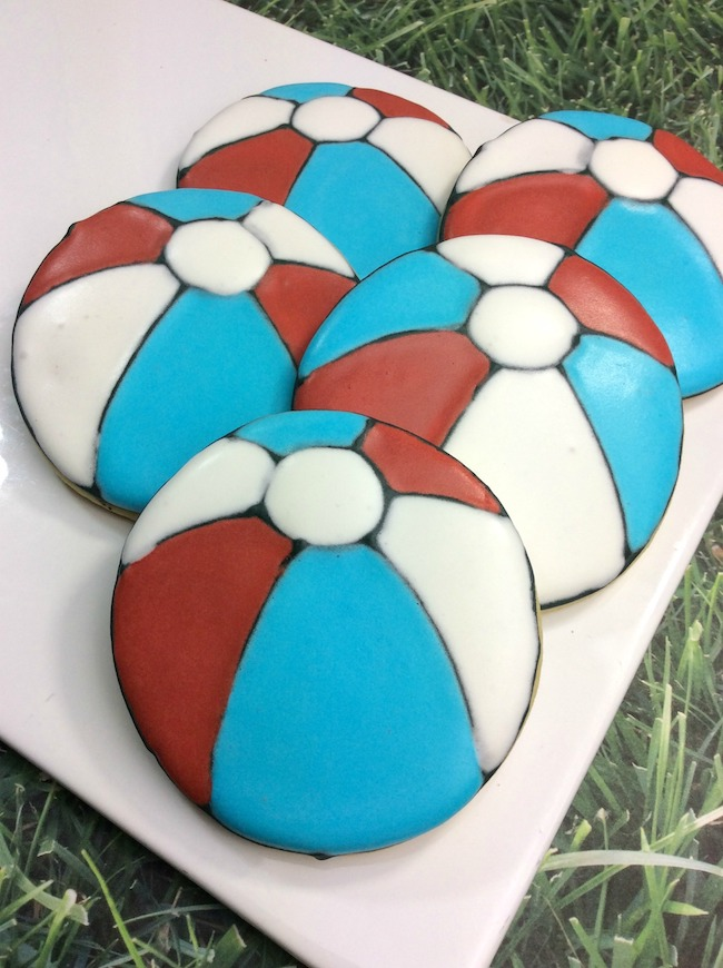 Red, white and blue beach ball cookie recipe
