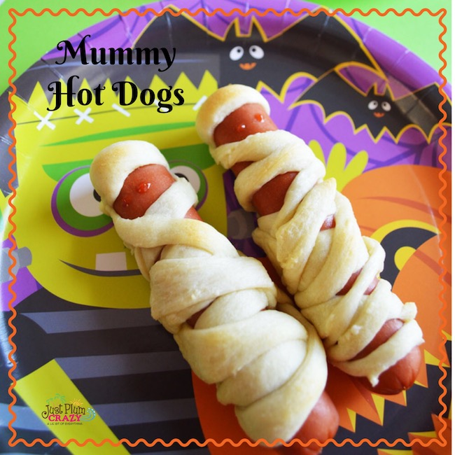 There's nothing like some good old fashioned Mummy Hot Dogs recipe for the kids to bite down into at their Mummy Halloween party.