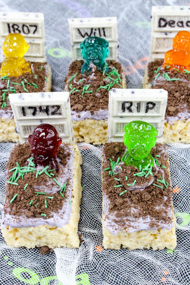 The Zombie Graves Rice Krispies Treats recipe is perfect for any party to scare your guests. Here are some ideas to Metamorphose thе Halloween Party Space.
