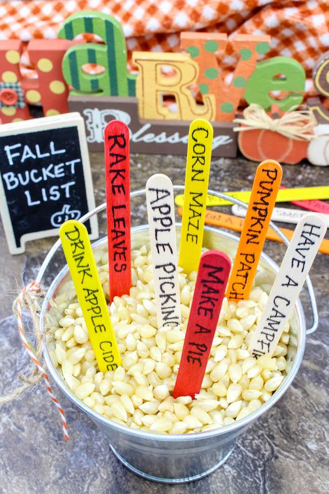 Fall activity craft bucket.