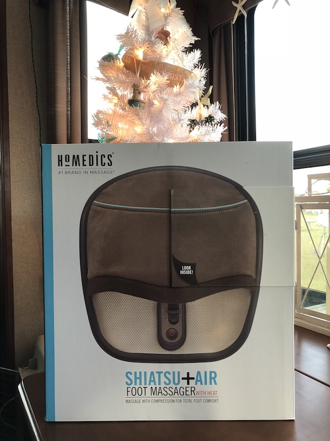 The HoMedics foot massager offers deep kneading Shiatsu massage nodes, that will help reduce any stress on your feet, as well as soothe and relax them.