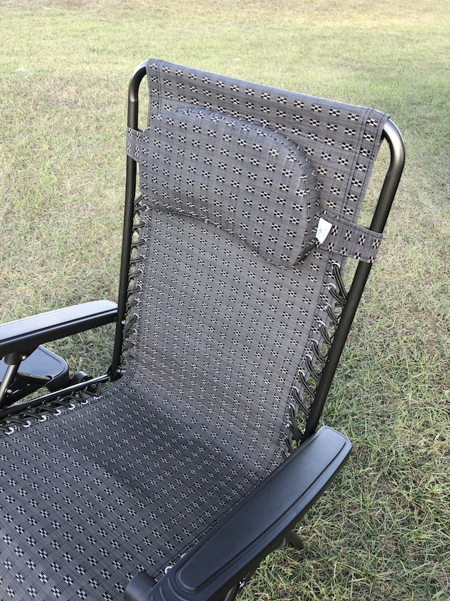 If you are on the hunt for an affordable and luxurious and comfy zero gravity chair, check out the Abba Patio Zero Gravity Chair!