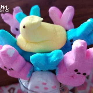 Today we have a super easy treat made with PEEPS! After all, everyone loves PEEPS! How can you resist this super cute PEEPS Bouquet that you can make with your kids!