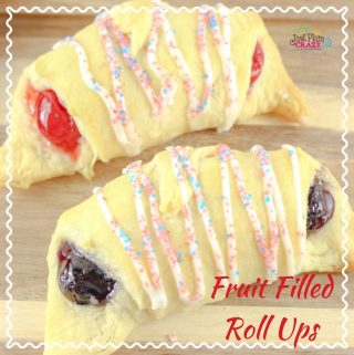 With Memorial Day behind us and the 4th of July quickly approaching, we will be sharing some of our favorite patriotic recipes like thePatriotic Fruit Filled Roll Ups Recipe!