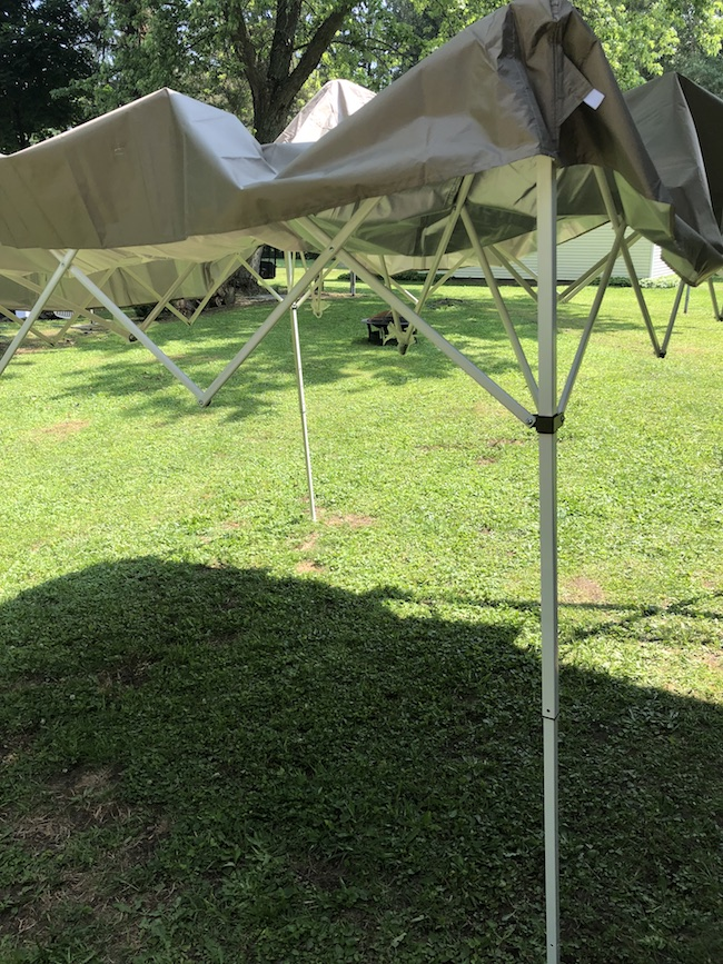 ThePop Up Instant Patio Canopy will shield and protect you and your loved ones from the sun's UV rays, is easy to set up and stores in it's bag.