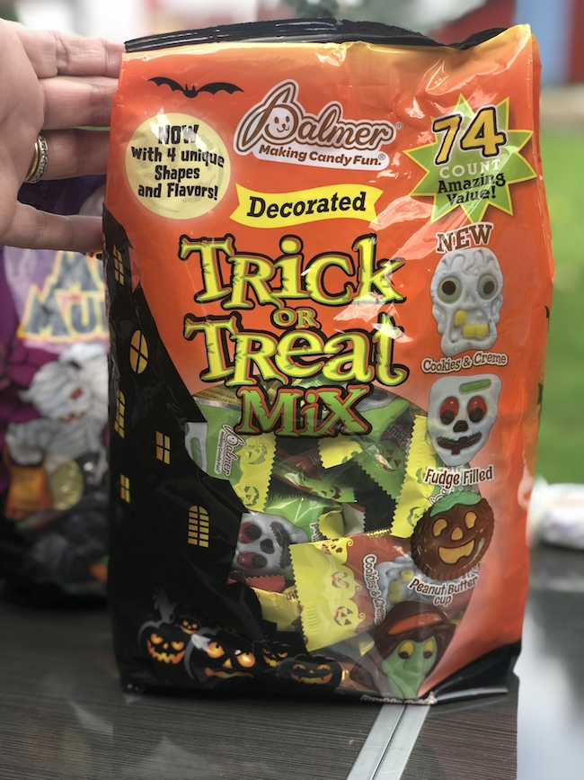 Palmer candy trick or treat mix
